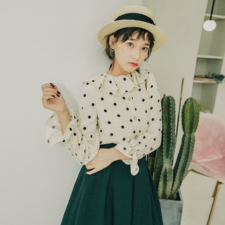 2018 autumn new retro literary loose-leaf collar polka dot shirt