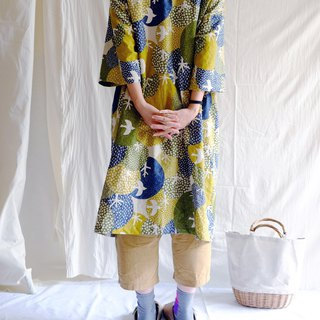 Spring, summer, autumn and winter Japanese wide-sleeved long shirt dress