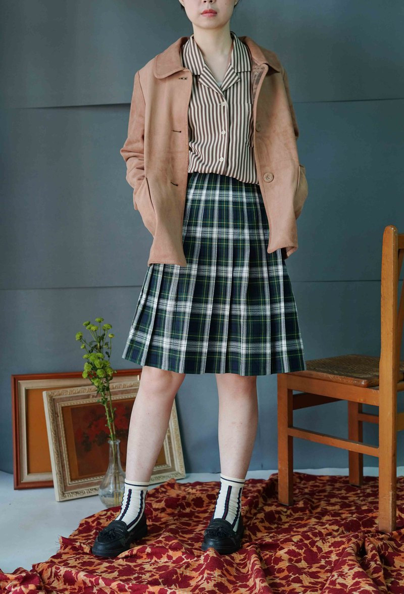 Treasure Hunting Ancient - College Green and White Plaid Pleated Skirt