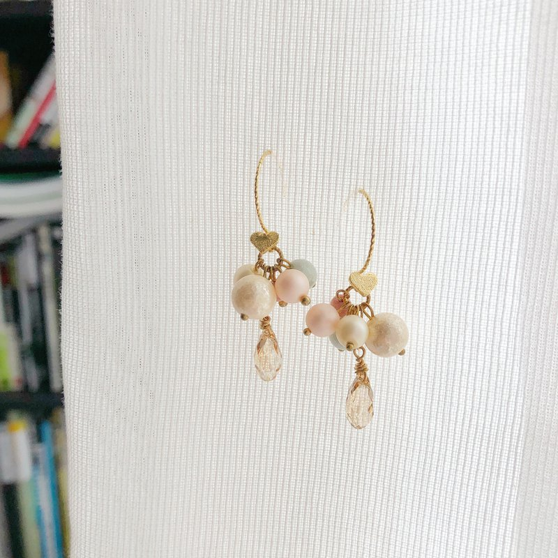 14KGF Series Natural Blush Crystal Earrings