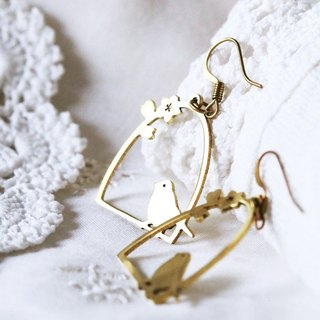 Graphic bird cage earring / bird cage earring / Linen earring / Everyday Jewelry.