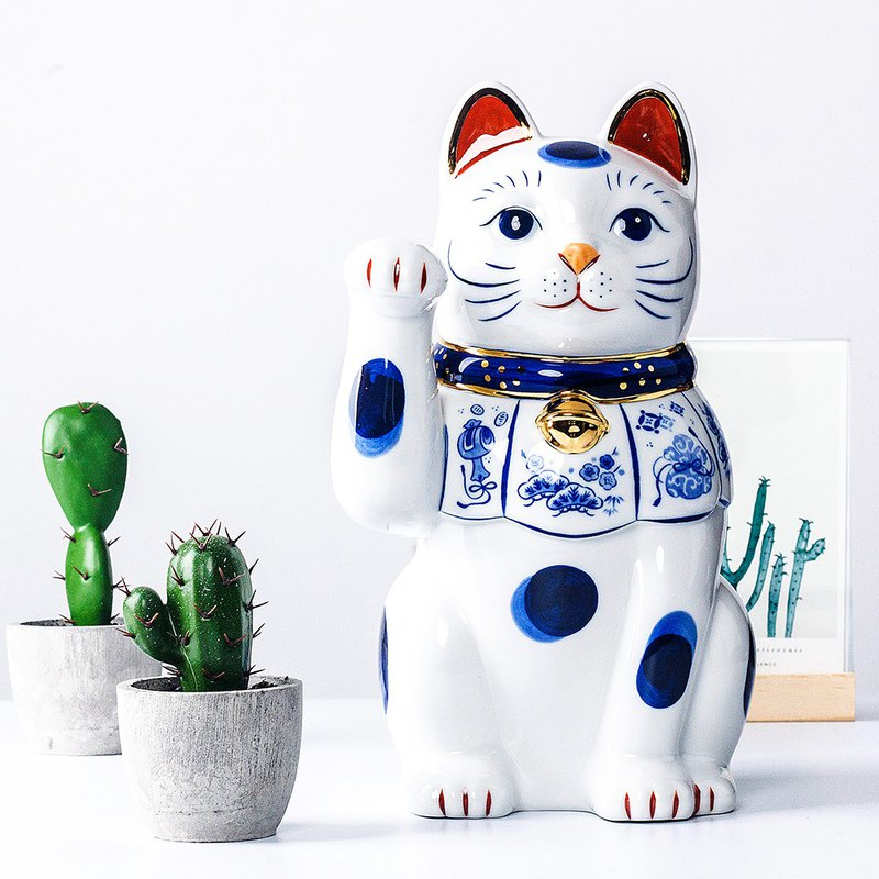 Pharmacist kiln lucky cat Japan imported dyed Jinjingtai blue Zhaofu large ornaments opened housewarming gifts