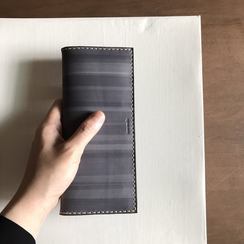 Leather long clip _8 card layer _2 banknote layer _ gray blue _bi-fold wallet