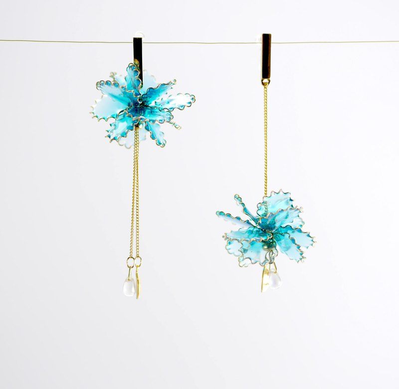 Order order / 2way carnation flower ball / fluorescent blue green