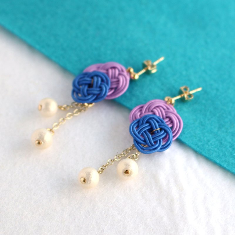 japanese traditional style pierce earring / mizuhiki / japan / flower
