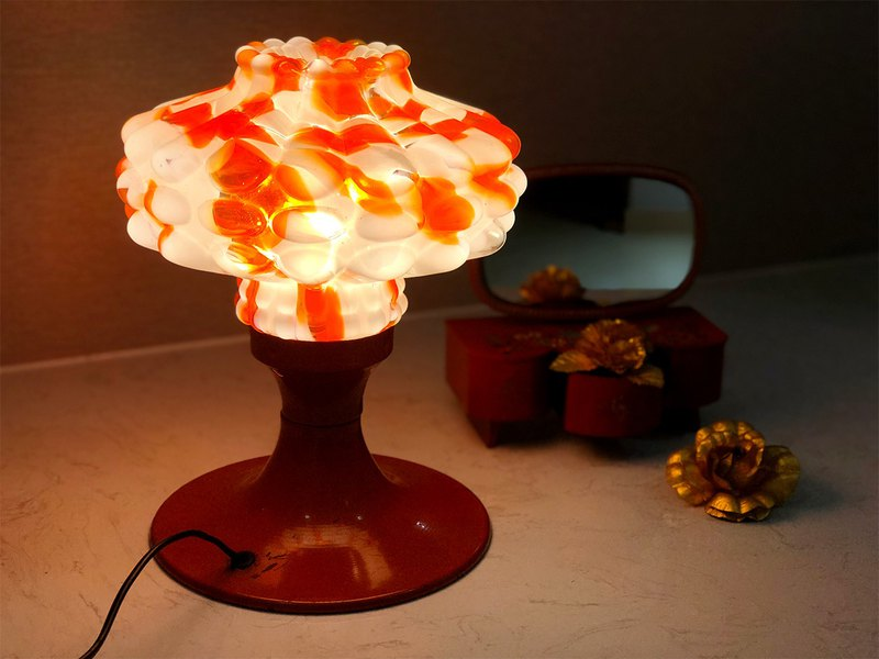 Taiwanese Hand-made Coral Glass Lamp