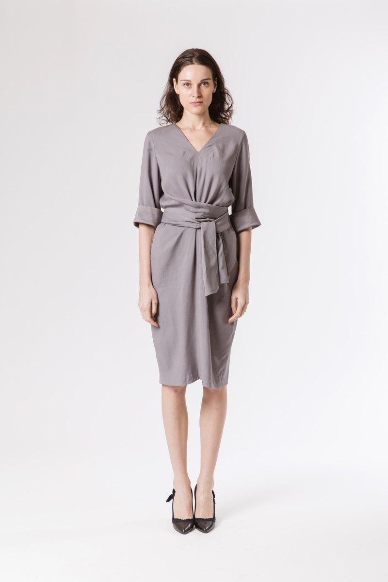 EFFORTLESS SLIP ON DRESS