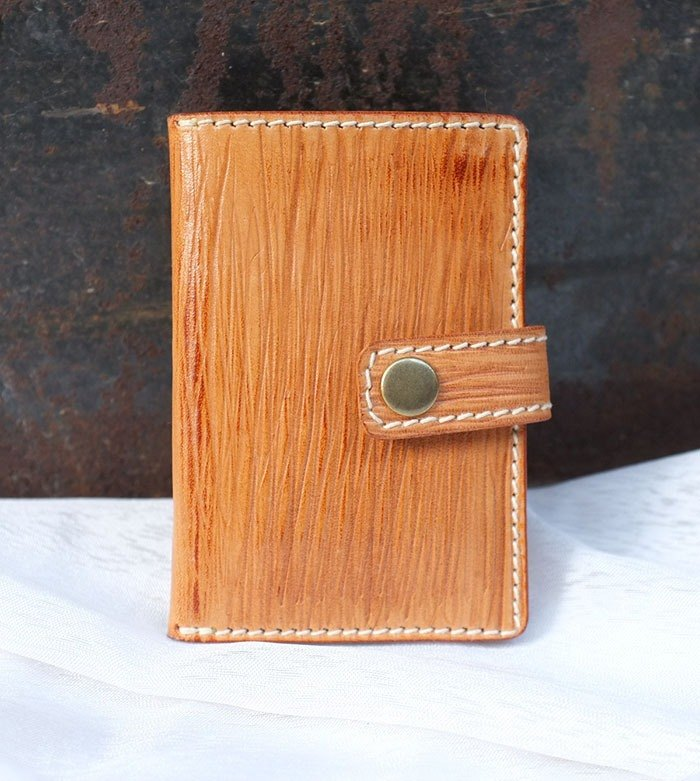 """Wood grain series"" planted tanned leather card key bag"
