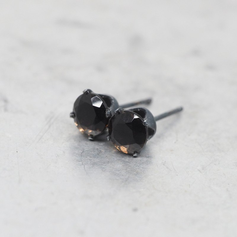 Brown Smoky Quartz Stud Earrings - Black Oxidized Sterling Silver - 6mm Round