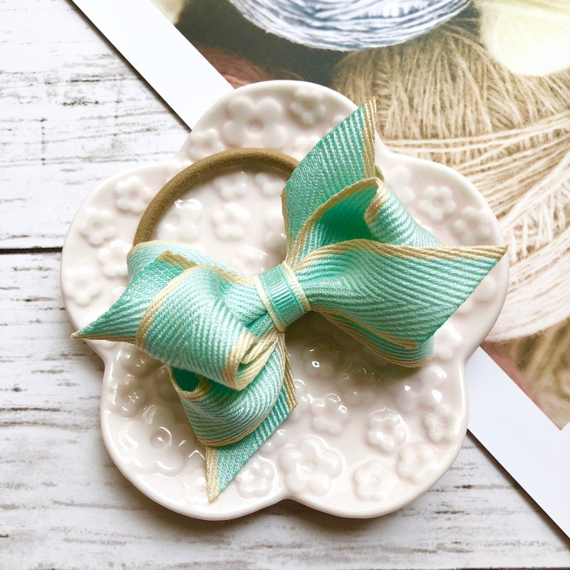 Macaron Twisted Bow Hair Tie/Lake Green