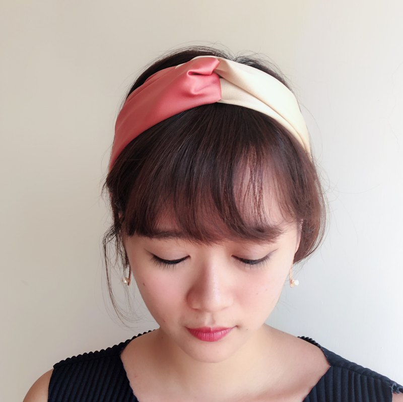 Sweetheart Elastic hair band