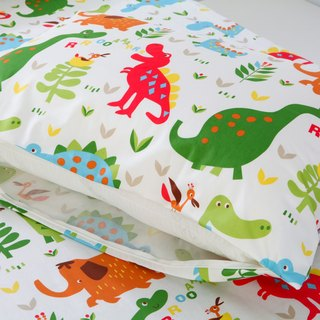 Anti - mite waterproof breathable cotton bedding pillowcase <dinosaur world> cleaning pad