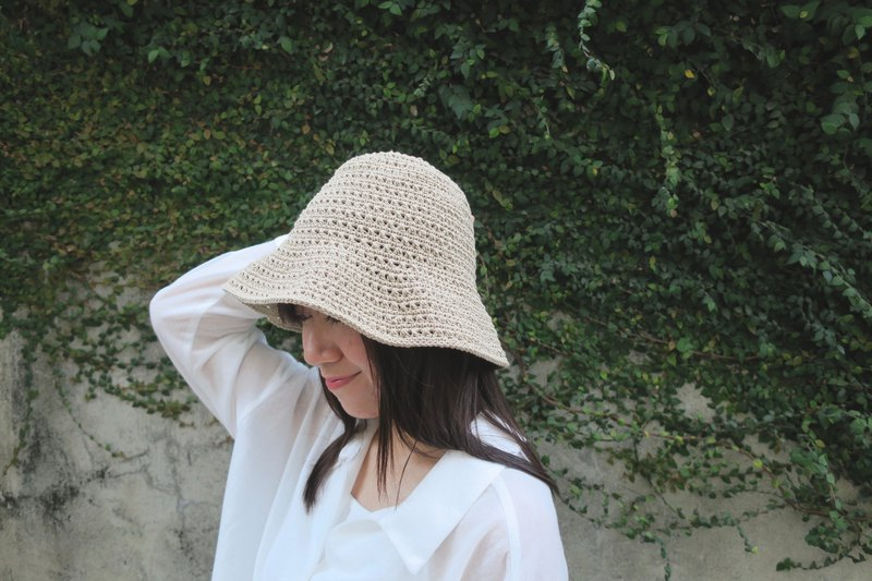 A mother の hand-made cap - summer cotton rope cap / simple cross weave pattern / khaki / gift /