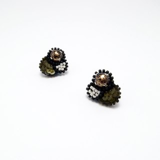 Tiny Bubble Embroidery Earrings / Olive Green