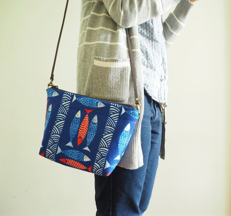 Handmade zipper cross body shoulder bag sling bag