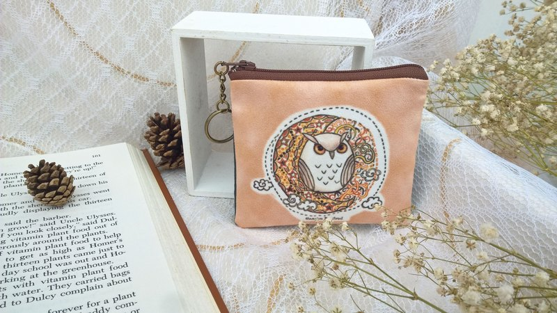 <Animals in the secret land> Owl under the starlight coin purse (small)