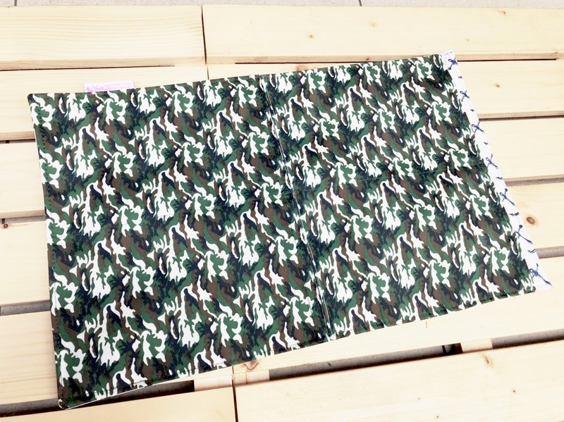 Green camouflage ice stroller pad