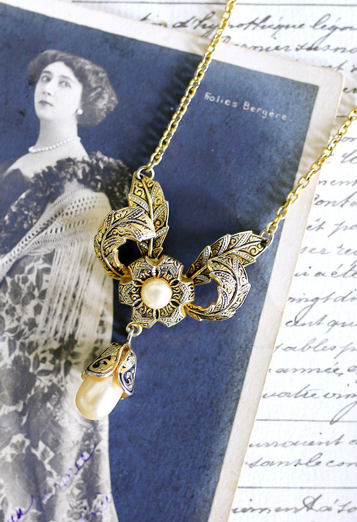 Antique Necklace No.8 Spanish Damascus Vintage Pearl Necklace