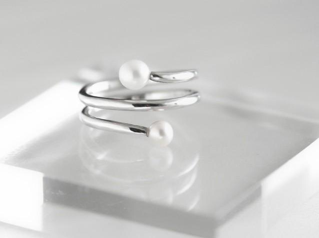 Spring Silver Pearl Ring [Order Production]