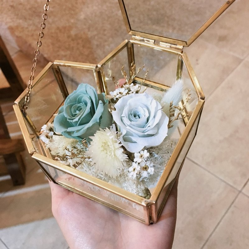 Love Glass Everlasting Flower Box [Green Valley] - Everlasting Flower / Dry Flower / Birthday Flower Ceremony