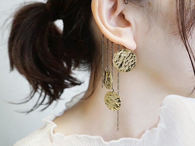 Ear hook surface brass accessory