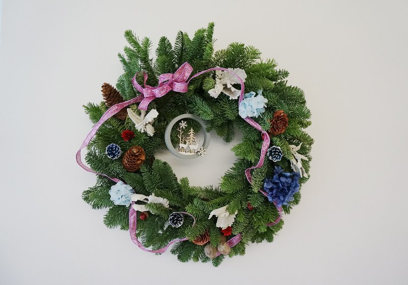 **Pre-order**Christmas Nobelson Wreath (Large)