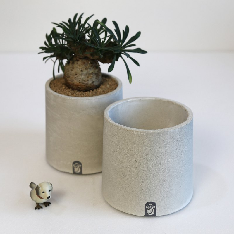 Giant tower cement hand-made potted plants do not contain plants for succulents / meaty pots five pots size