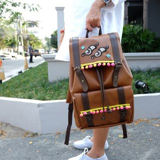 Backpack for vintage clothing