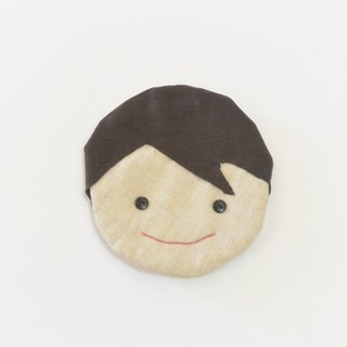 Smiling coaster - boy