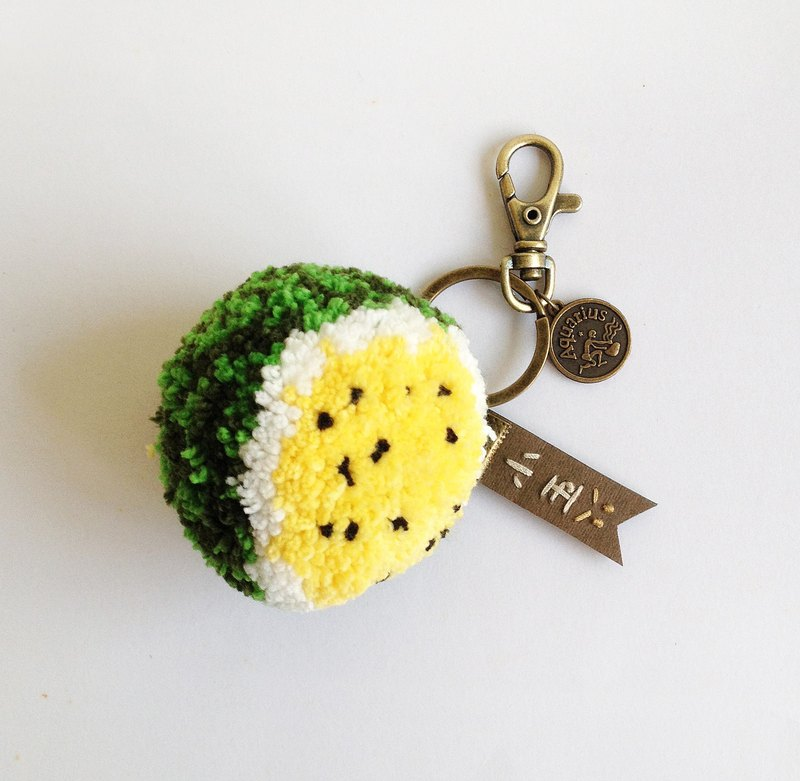 <Mid-Autumn Festival> full moon to eat <Xiaoyu watermelon> handmade hair ball strap key ring (spot out of the price)