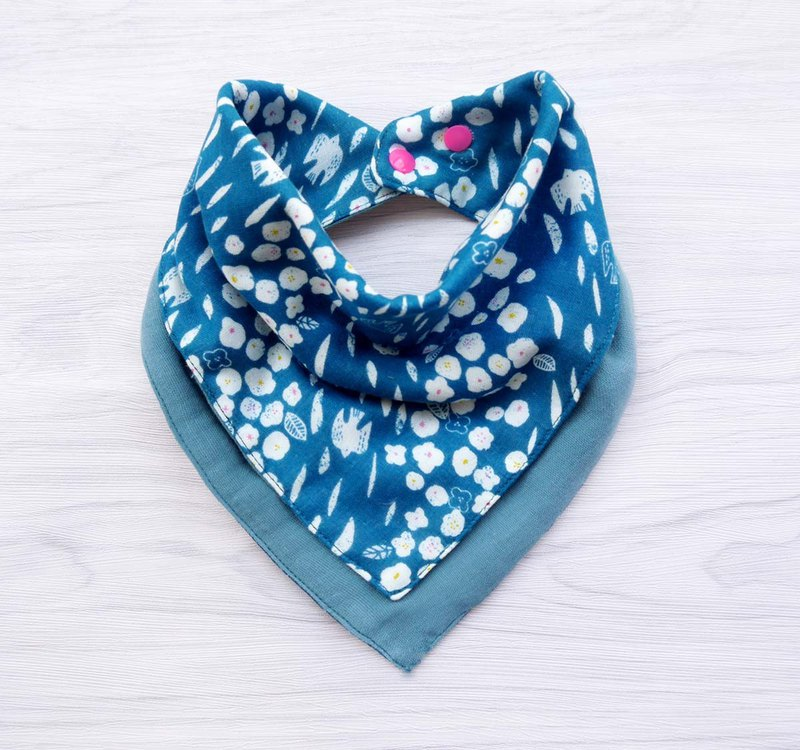 DOMOMO Japanese-made swallow flower (blue) 6-layer yarn double-sided bib saliva towel scarf