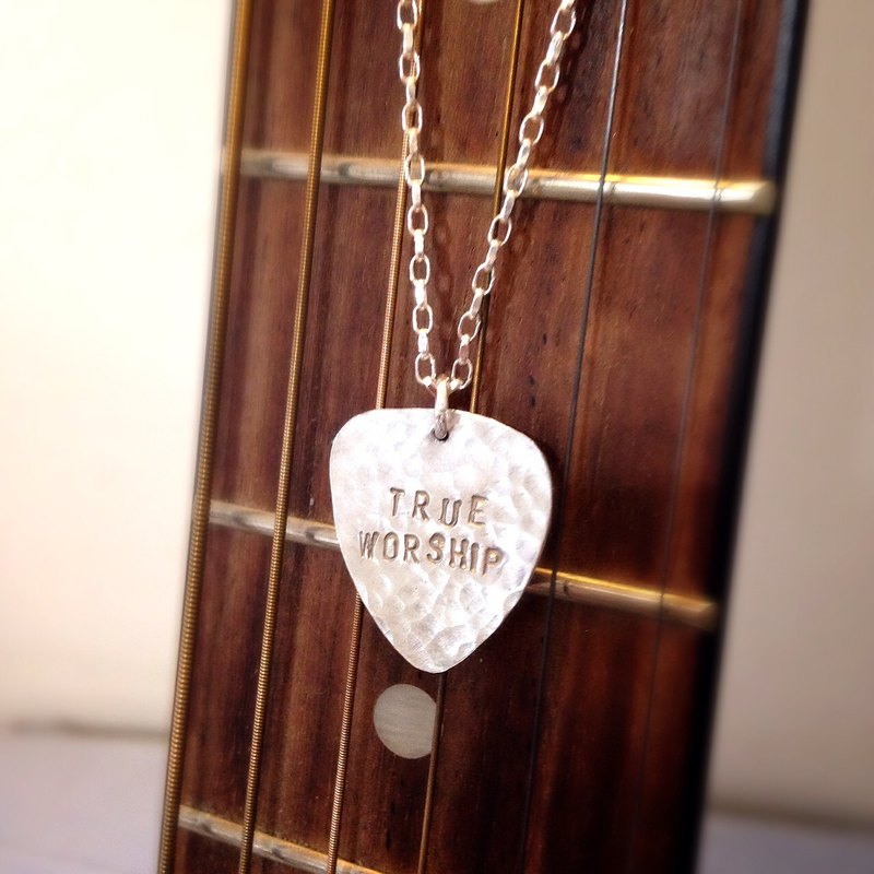MIH  金工首飾 | 吉它pick 純銀項鏈 guitar pick sterling silver necklace