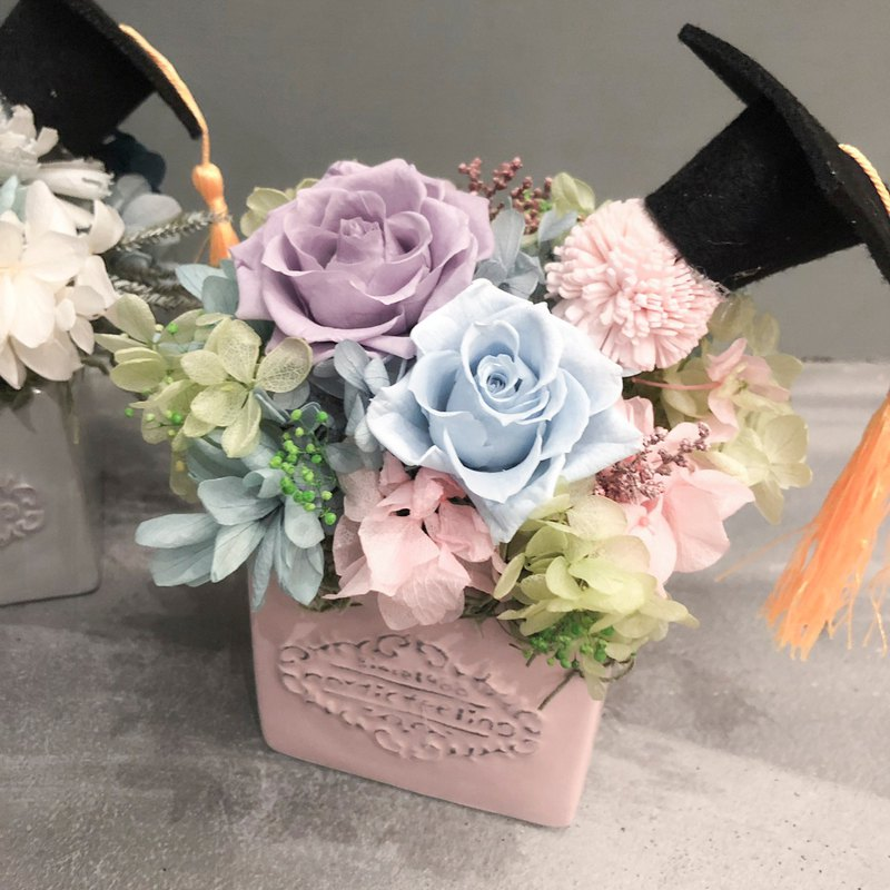 [Graduation Flower Ceremony] Graduation Happy Graduation Gift Gift Commodity Set Small Table Flower