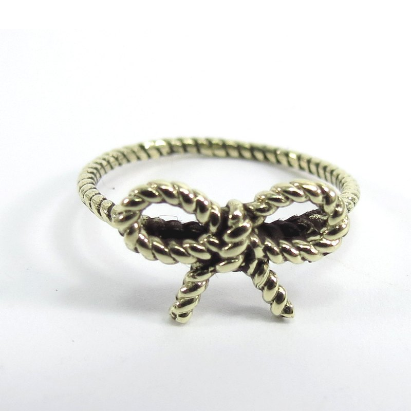 BOW  ring by WABY SHOP