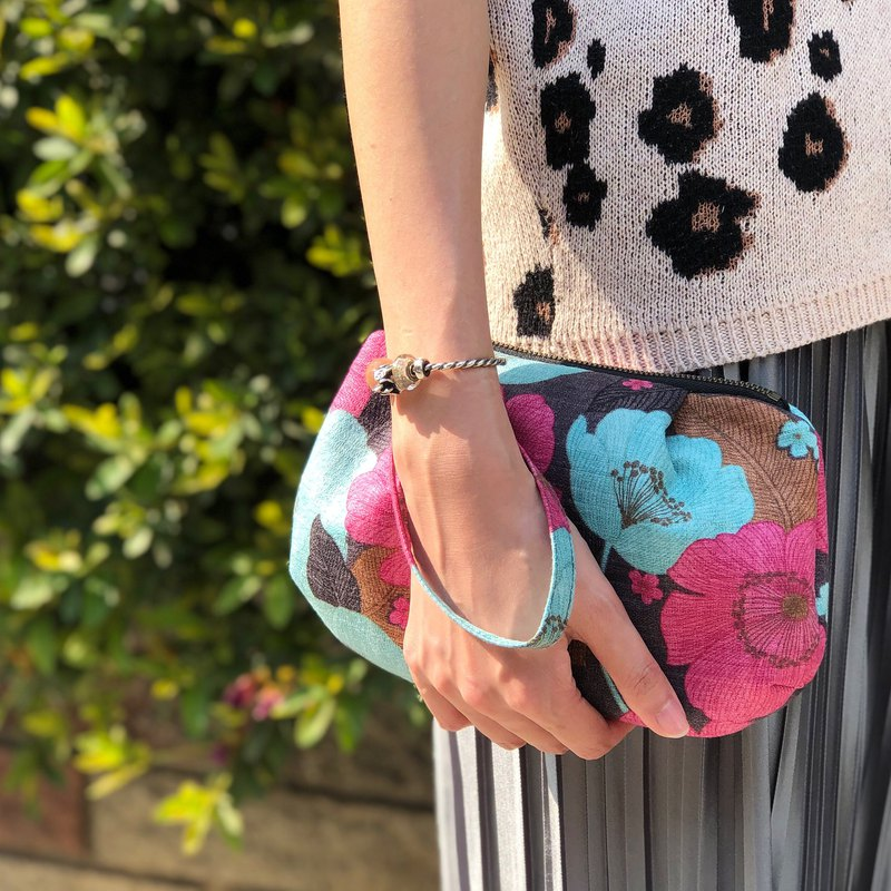 Budding bloom Clutch zipper Bag