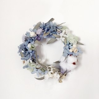 | The blue of the coast | Dry flowers. Not withered. Hydrangea Wreath