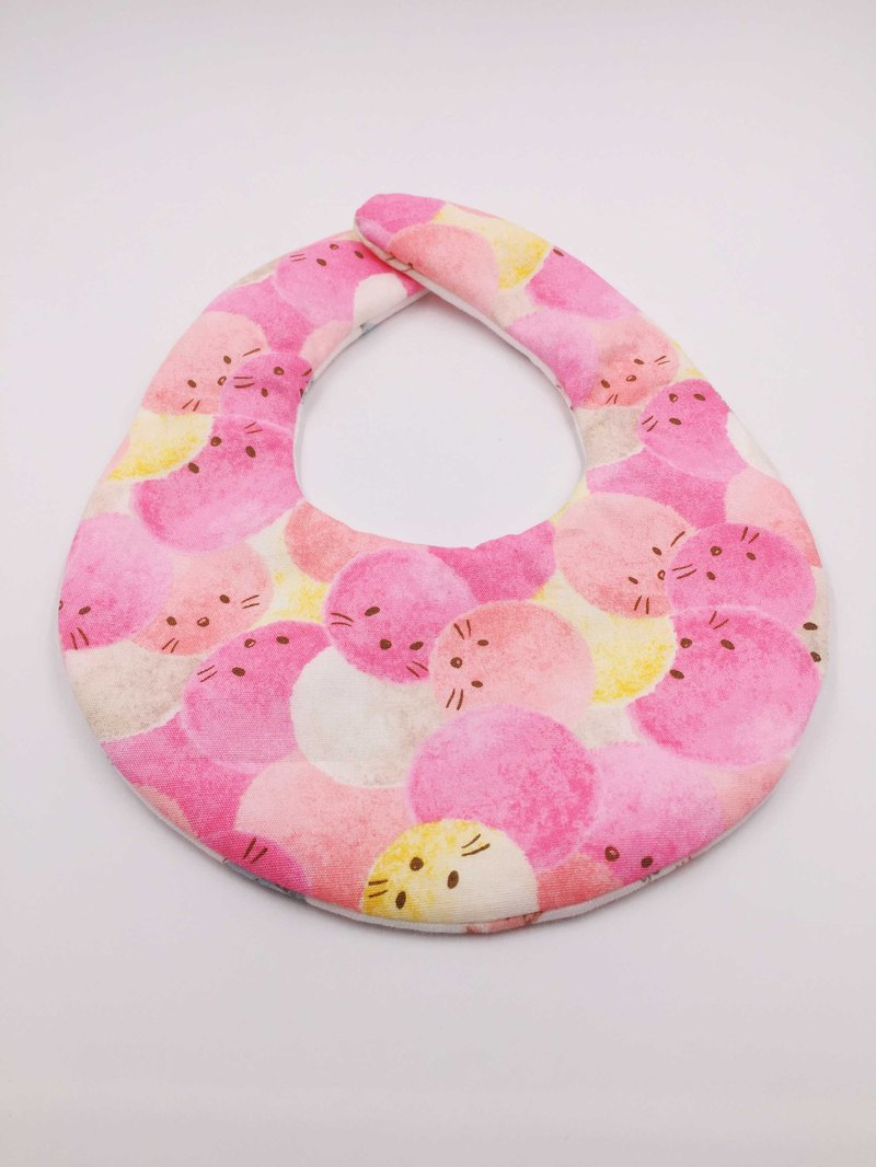 Hair ball cat pink bib double yarn saliva towel design