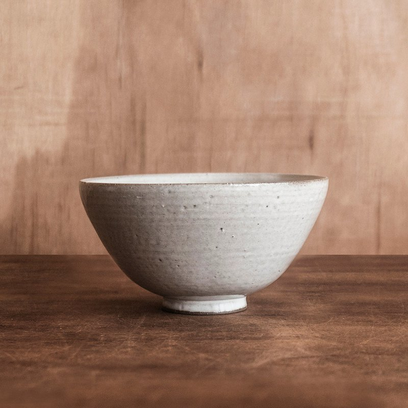Made in the United States - no me series - 暮 white bowl