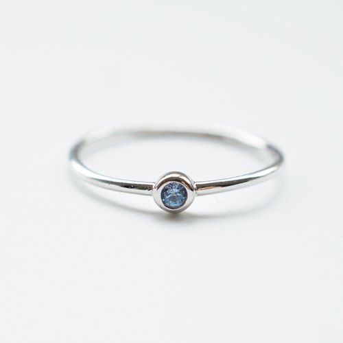 Minimal Blue Topaz Ring | 925 Sterling Silver
