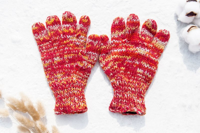 Hand-woven wool knit gloves / knitted pure wool warm gloves / full finger gloves - Gradient orange macarons