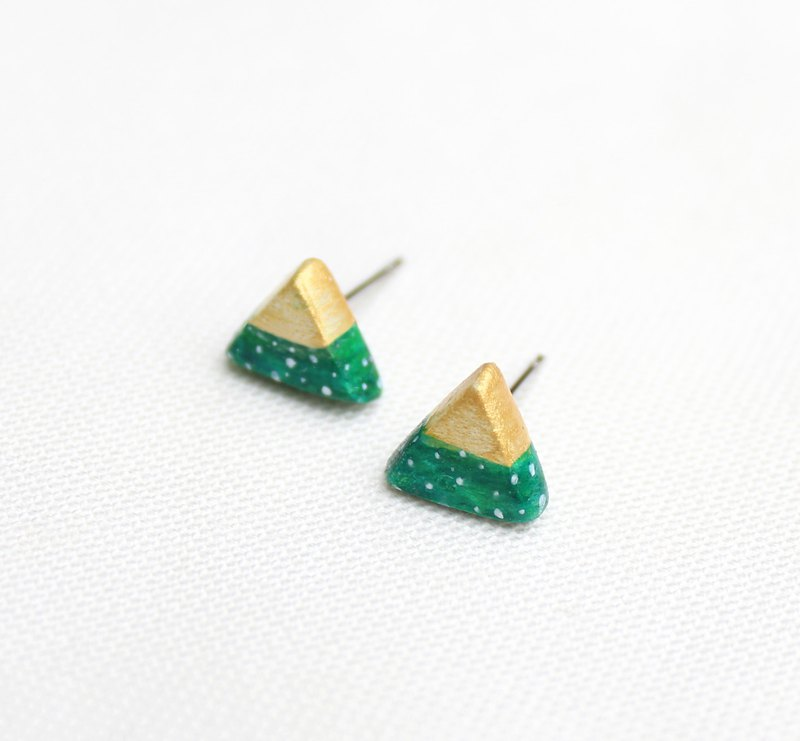 Golden retro little bit - triangular earrings / green / ear clip