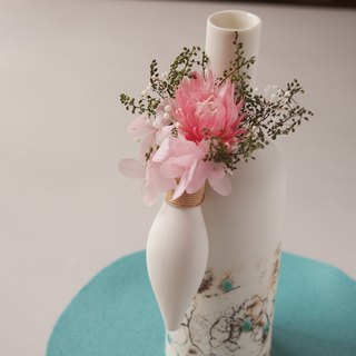 Porcelain bottle shaped hanging flower A(with blizzard flower)