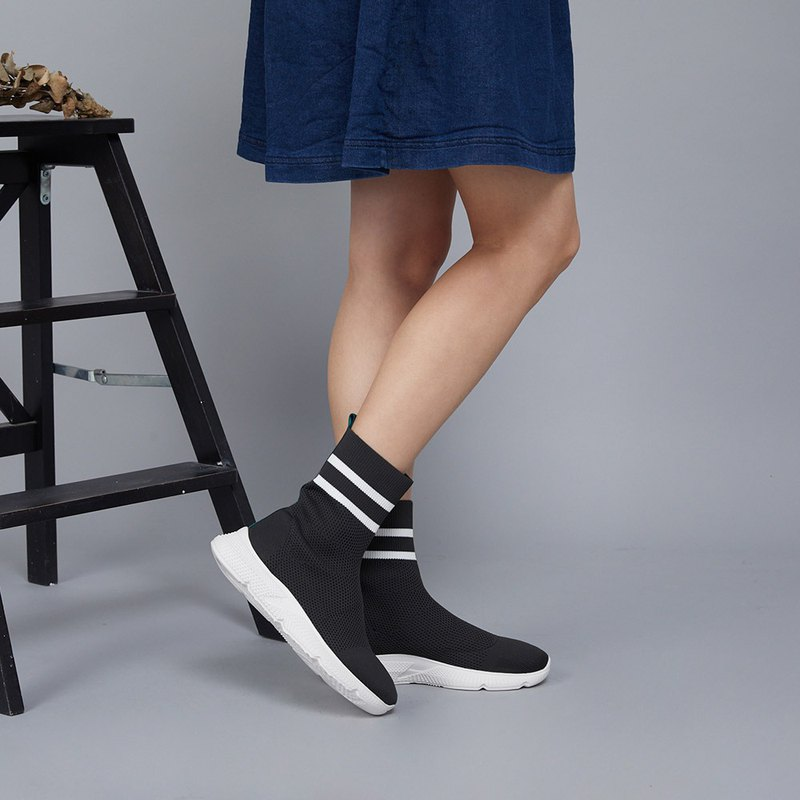 [Street indicators] high-density stretch knit lightweight sports socks boots _ classic black