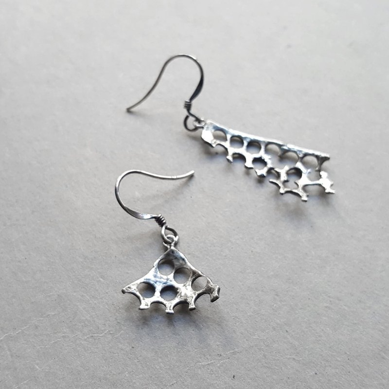 Rebirth Series / Triangle Geometry / Silver Earrings / Ear Hook