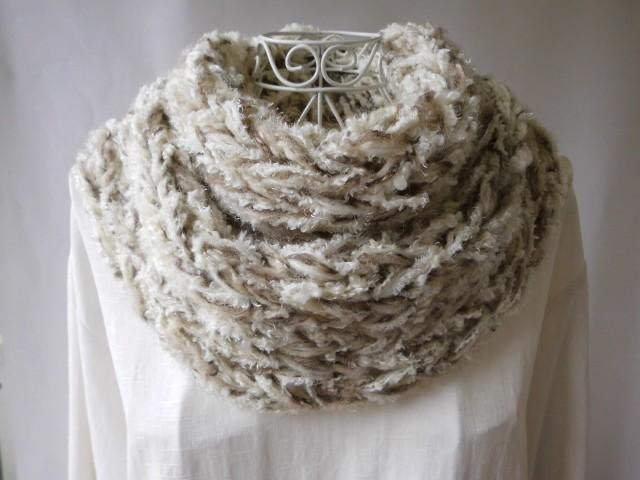 Re-exhibition × 1 (Brown of a snow sky) Merino wool & wool 100% mohaya · fluffy ♪ snood