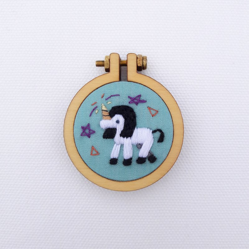 Unicorn hand embroidery pin necklace earrings