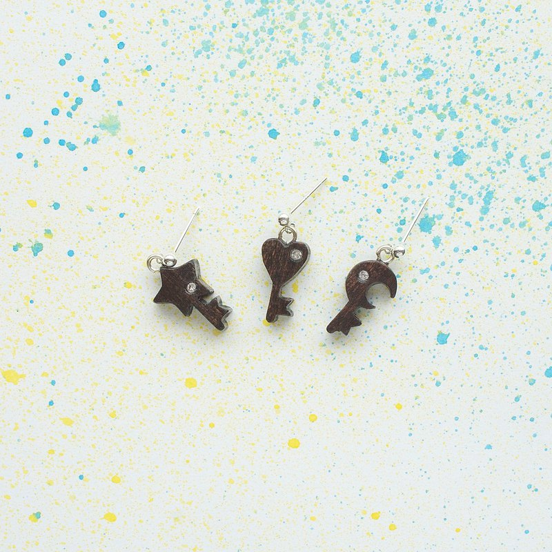 Star, month, heart key wood handmade earrings sterling silver ear single Christmas gift birthday gift