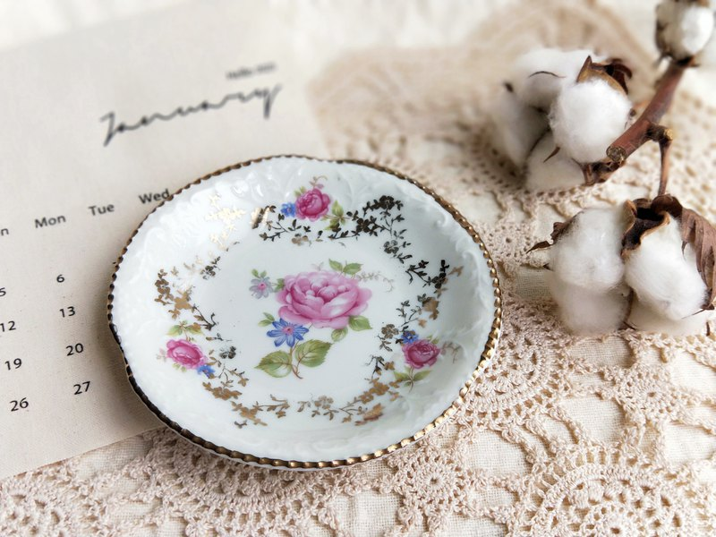 [Good day fetish] Dutch vintage / antique gold inlaid flower small saucer