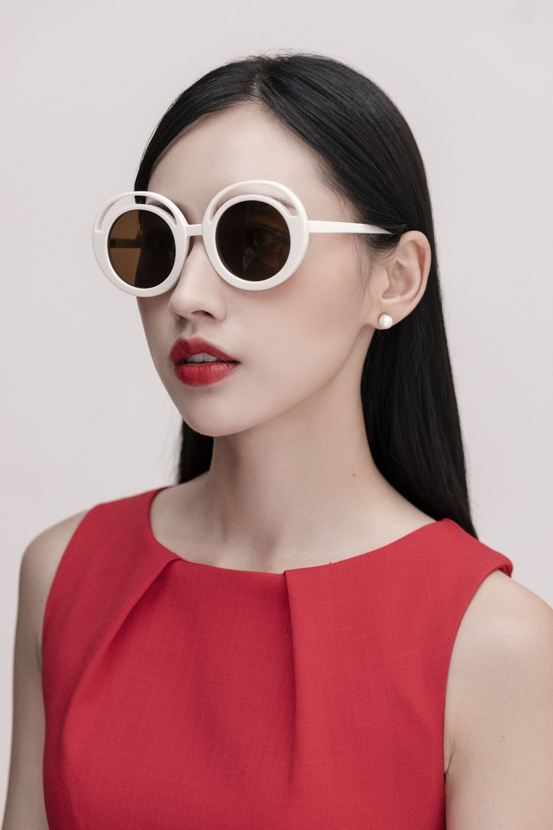 Art Sunglasses ELLE