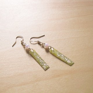 Small Campanula x little green // 2nd use Accessories / Accessories Cloth / fabric earrings